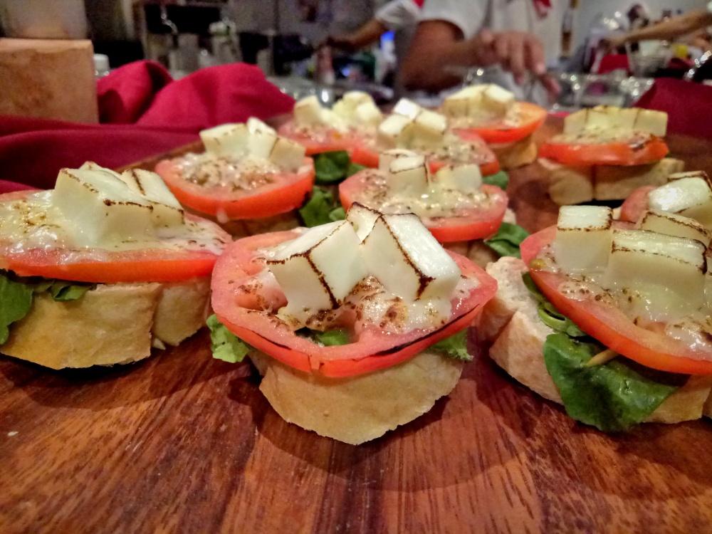 Tapella Bar And Restaurant | catchingcarla.com