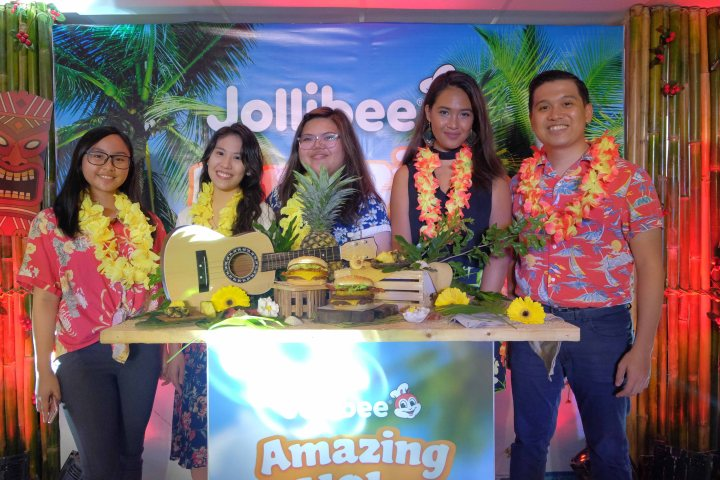 Jollibee Team